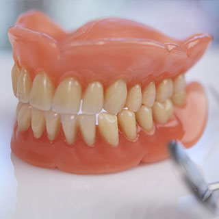 Peppermint Dental | Dentures